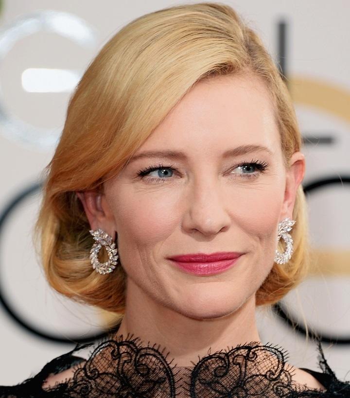 Cate Blanchett - Batom Rosa